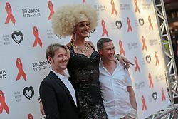 03.07.2015, Maritim Hotel, Koeln, GER, Koelner Aids Gala, im Bild Gloria Viagra (Berliner Drag-Queen und Djane) (MITTE) mit Begleitung // at the receiving to Cologne AIDS Gala in the Maritim Hotel in Koeln, Germany on 2015/07/03. EXPA Pictures © 2015, PhotoCredit: EXPA/ Eibner-Pressefoto/ Deutzmann<br /> <br /> *****ATTENTION - OUT of GER*****