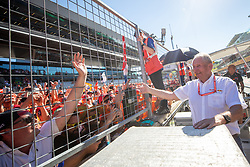 30.06.2019, Red Bull Ring, Spielberg, AUT, FIA, Formel 1, Grosser Preis von Österreich, Siegerehrung, im Bild Dr. Helmut Marko (AUT, Red Bull Racing) // Red Bull Racing Motorsport Consultant Dr. Helmut Marko (AUT) during the Winner ceremony for the Austrian FIA Formula One Grand Prix at the Red Bull Ring in Spielberg, Austria on 2019/06/30. EXPA Pictures © 2019, PhotoCredit: EXPA/ Dominik Angerer