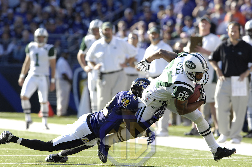 16 September 2007:  New York Jets wide receiver Laveranues Coles (87) makes a 3 yard reception in the 2nd quarter while being defended by Baltimore Ravens cornerback Samari Rolle (22).  The Ravens defeated the Jets 20-13 at M&T Bank Stadium in Baltimore, Md. .