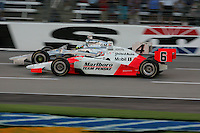Sam Hornish Jr. and Tomas Scheckter at the Texas Motor Speedway, Bombardier Learjet 500, June 11, 2005