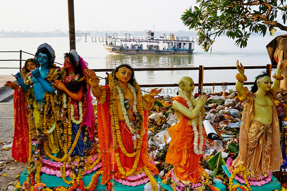 Inde, Bengale-Occidental, Kolkata, Kumartulli district, sculptures en glaise de effigies Hindou// India, West Bengal, Kolkata, Calcutta, Kumartulli district, clay idols of Hindu gods and goddesses, statue