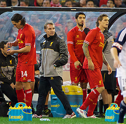 MELBOURNE, AUSTRALIA - Wednesday, July 24, 2013: Liverpool's manager Brendan Rodgers prepares to bring on Luis Suarez as a substitute against Melbourne Victory during a preseason friendly match at the Melbourne Cricket Ground. (Pic by David Rawcliffe/Propaganda)