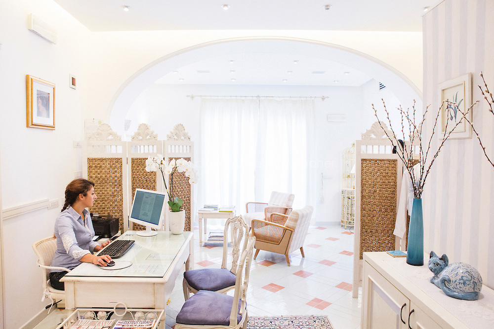 ANACAPRI, ITALY - 22 JULY 2014: The lobby at Casa Mariantonia, the hotel where Mayor of New York Bill De Blasio and his family are staying during their vacation, in Anacapri, a small comune on the island of Capri, Italy, on July 22nd 2014.<br /> <br /> New York City Mayor Bill de Blasio arrived in Italy with his family Sunday morning for an 8-day summer vacation that includes meetings with government officials and sightseeing in his ancestral homeland.