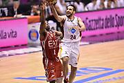 DESCRIZIONE : Milano Lega A 2014-15 <br /> EA7 Olimpia Milano - Acea Virtus Roma <br /> GIOCATORE : Rok Stipcevic<br /> CATEGORIA : penetrazione tiro <br /> SQUADRA : Acea Virtus Roma <br /> EVENTO : Campionato Lega A 2014-2015 <br /> GARA : EA7 Olimpia Milano - Acea Virtus Roma<br /> DATA : 12/04/2015<br /> SPORT : Pallacanestro <br /> AUTORE : Agenzia Ciamillo-Castoria/GiulioCiamillo<br /> Galleria : Lega Basket A 2014-2015  <br /> Fotonotizia : Milano Lega A 2014-15 EA7 Olimpia Milano - Acea Virtus Roma
