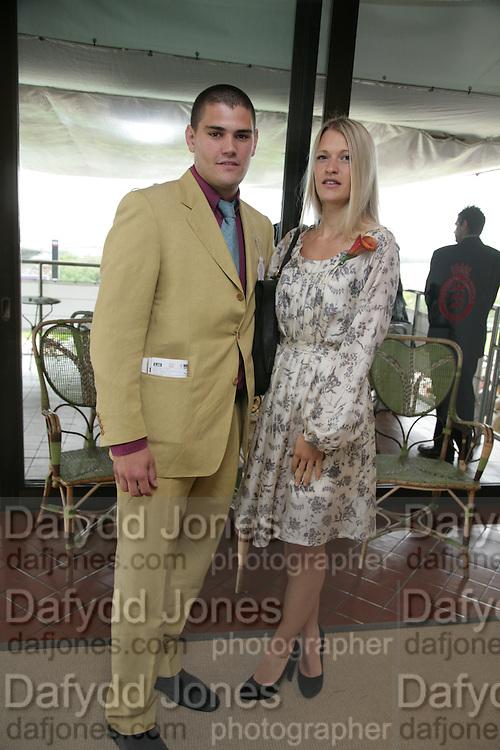 Julien Draper and  Lady Alexandra Gordon Lennox, Glorious Goodwood. 2 August 2007.  -DO NOT ARCHIVE-© Copyright Photograph by Dafydd Jones. 248 Clapham Rd. London SW9 0PZ. Tel 0207 820 0771. www.dafjones.com.