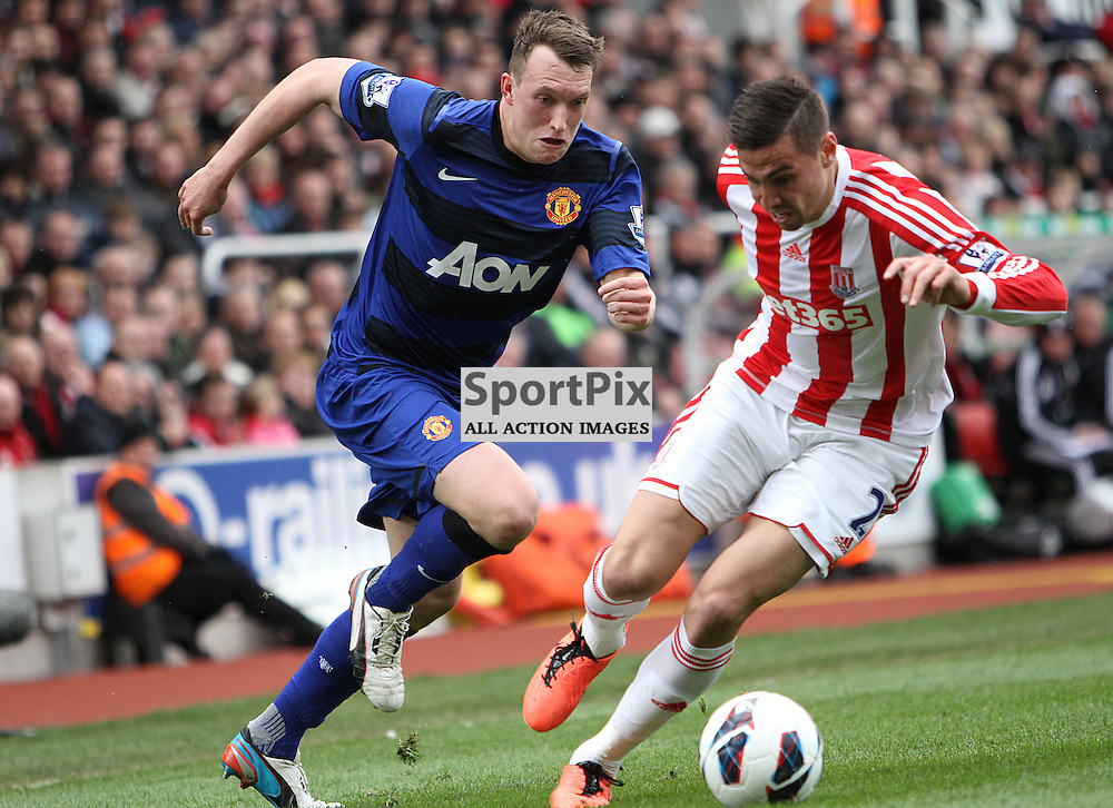 Manchester United's Phil Jones and Stoke City's Geoff Cameron (c) Phil Duncan | StockPix.eu