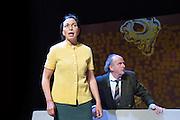 Nederland Amsterdam 4 mei 2016.<br /> Toneelversie: Hoe Mooi Alles. Theater Na De Dam met Kees Hulst en Esther Scheldwacht. <br /> Foto: Jan Boeve / De Balie