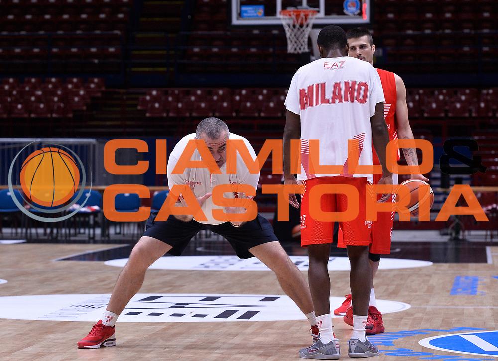 DESCRIZIONE : Milano EA7 Emporio Armani Olimpia Milano Allenamento<br /> GIOCATORE : Jasmin Repesa<br /> CATEGORIA : allenamento<br /> SQUADRA : EA7 Emporio Armani Olimpia Milano <br /> EVENTO : EA7 Emporio Armani Olimpia Milano Allenamento<br /> GARA : EA7 Emporio Armani Olimpia Milano Allenamento<br /> DATA : 02/06/2016 <br /> SPORT : Pallacanestro <br /> AUTORE : Agenzia Ciamillo-Castoria/R.Morgano<br /> Galleria : EA7 Emporio Armani Olimpia Milano<br /> Fotonotizia : EA7 Emporio Armani Olimpia Milano Allenamento<br /> Predefinita :