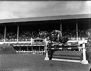 "05/08/1960<br /> 05/08/1960<br /> 05 August 1960<br /> R.D.S Horse Show Dublin (Friday). Children's Championship Junior Competition. Basil Forbes ""Tristan"", winner of the Children's Championship Junior Competition at the Horse Show, Ballsbridge, Dublin."