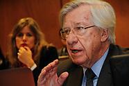 Astori convocado a comisiones del Senado