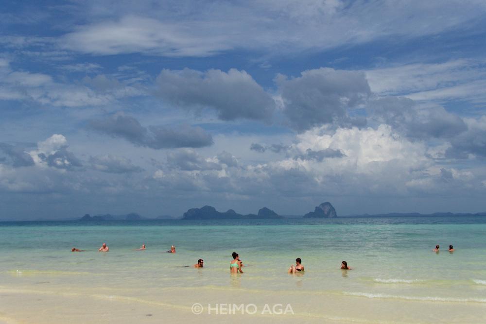 Thailand, Ko Hai. The beach.