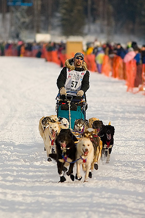 05 March 2006: Willow, Alaska - Hugh Neff of Skagway, AK heads out for Nome at the restart of the 2006 Iditarod on Willow Lake in Willow, Alaska