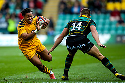Marcus Watson of Wasps takes on Ollie Sleightholme of Northampton Saints - Mandatory by-line: Robbie Stephenson/JMP - 28/09/2019 - RUGBY - Franklin's Gardens - Northampton, England - Northampton Saints v Wasps - Premiership Rugby Cup