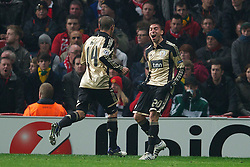 22.11.2011, Old Trafford, Manchester, ENG, UEFA CL, Gruppe C, Manchester United (ENG) vs Benfica Lissabon (POR), im Bild SL Benfica's Nicolas Gaitan celebrates scoring the first goal against Manchester United during the football match of UEFA Champions league, group C, between Manchester United (ENG) vs Benfica Lissabon (POR) at Old trafford, Manchester, United Kingdom on 22/11/2011. EXPA Pictures © 2011, PhotoCredit: EXPA/ Sportida/ David Rawcliff..***** ATTENTION - OUT OF ENG, GBR, UK *****