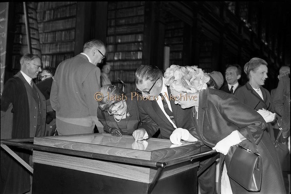 20/06/1963.06/20/1963.20 June 1963.Opening of Theobald Wolf Tone exhibition at T.C.D. to commemorate the bicentenary; (l-r) Mrs Frank Aiken, wife of the Minister for External Affairs, Mr. Sean Lemass, Taoiseach and Mrs Lemass.