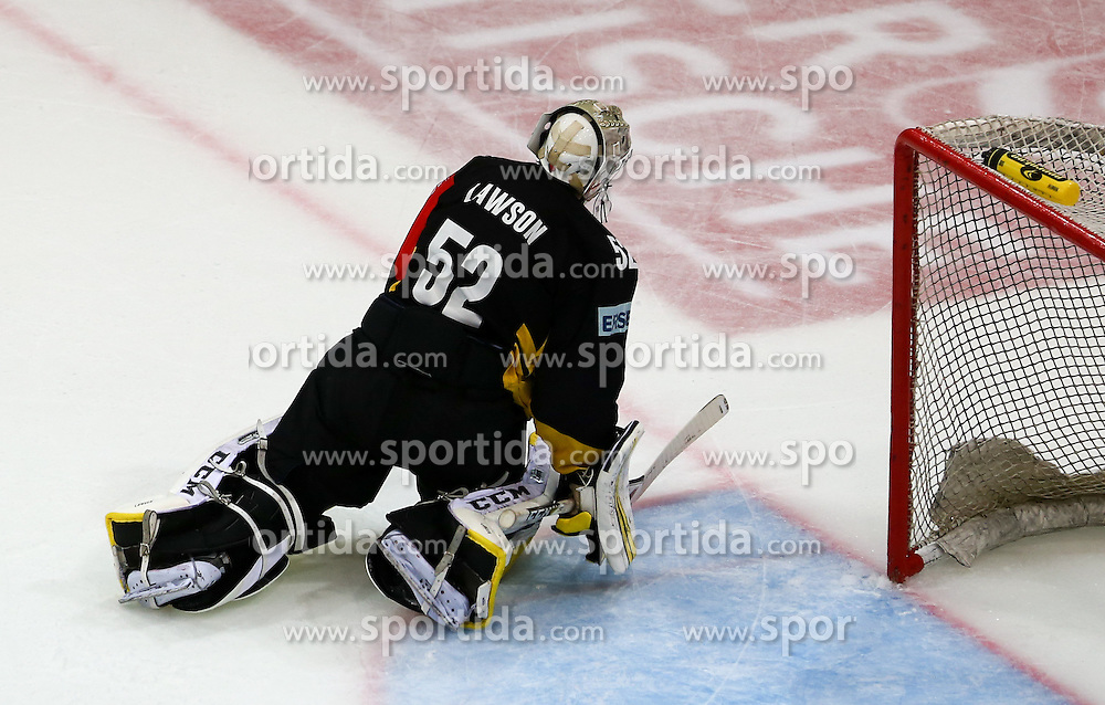 29.08.2015, Albert Schultz Eishalle, Wien, AUT, CHL, UPC Vienna Capitals vs Krefeld Pinguine, im Bild Nathan Lawson (Vienna Capitals) // during the Champions Hockey League match between UPC Vienna Capitals and Krefeld Pinguine at the Albert Schultz Ice Arena, Vienna, Austria on 2015/08/29. EXPA Pictures © 2015, PhotoCredit: EXPA/ Alexander Forst
