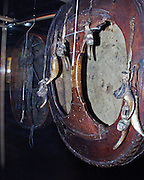 Christianity harshly persecuted those who held to the S&aacute;mi religion. &quot;From the end of the 17th to the middle of the 18th century much of the confrontation between indigenous Saami religion and Christianity was focused on the drums.The church burned most of the confiscated drums; therefore, only about 70 drums remain today, almost all in foreign museums.<br /> Runebomme, samenes ber&oslash;mte trolltromme. Opprinnelig brukte noaiden (sjamanen) trommen n&aring;r han ville komme i ekstase, slik trommen ble brukt blant de fleste arktiske folk.
