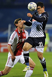 18.10.2011, Stadion Maksimir, Zagreb, CRO, UEFA CL, Gruppe D, Dinamo Zagreb (CRO) vs Ajax Amsterdam (NED), im Bild  Fatos Beqiraj, Jan Vertonghen. .Photo: Goran Stanzl // during UEFA Champions League group D match between Dinamo Zagreb (CRO) and Ajax Amsterdam (NED)) at Maksimir Stadium, Zagreb, Croatia on 18/10/2011. .EXPA Pictures © 2011, PhotoCredit: EXPA/ nph/ PIXSELL  **** only for AUT       ****** out of GER / CRO  / BEL ******