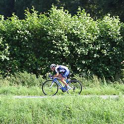 TIEL (NED) wielrennen<br /> De tweede etappe was rond Tiel en ging door de Betuwe. Annemiek van Vleuten