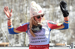 19.03.2017, Aspen, USA, FIS Weltcup Ski Alpin, Finale 2017, Riesenslalom, Damen, Siegerehrung, im Bild Mikaela Shiffrin (USA, Gewinnerin des Slalom und des Gesamt Weltcup), // Winner of the Slalom and the Overall World Cup Mikaela Shiffrin of the USA during the winner presentation for the ladie's Giantslalom of 2017 FIS ski alpine world cup finals. Aspen, United Staates on 2017/03/19. EXPA Pictures © 2017, PhotoCredit: EXPA/ Erich Spiess