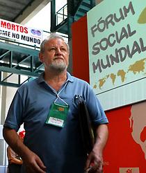 """João Pedro Stedile, um dos fundadores do MST é visto chegando para o seminário """"10 anos depois"""" no encerramento do Fórum Social Mundial. FOTO: Jefferson Bernardes/Preview.com"""