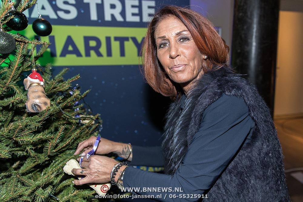 NLD/Amsterdam/20191206 - Sky Radio's Christmas Tree For Charity 2019, Rachel Hazes