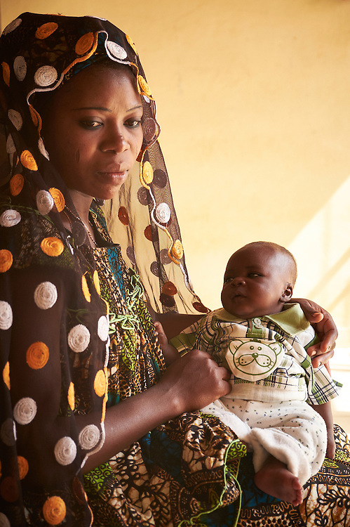 Mother Viviane Nisé with baby Zoubeyrou, 6 weeks old at the Banga Bana health centre, Niamey, Niger on February 16, 2016. Viviane has brought her baby to the centre for vaccinations.