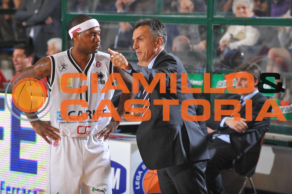 DESCRIZIONE : Ferrara Lega A 2008-09 Carife Ferrara GMAC Fortitudo Bologna<br /> GIOCATORE : Collins  Valli<br /> SQUADRA : Carife Ferrara<br /> EVENTO : Campionato Lega A 2008-2009<br /> GARA : Carife Ferrara GMAC Fortitudo Bologna<br /> DATA : 21/03/2009<br /> CATEGORIA : Ritratto<br /> SPORT : Pallacanestro<br /> AUTORE : Agenzia Ciamillo-Castoria/G.Gregolin