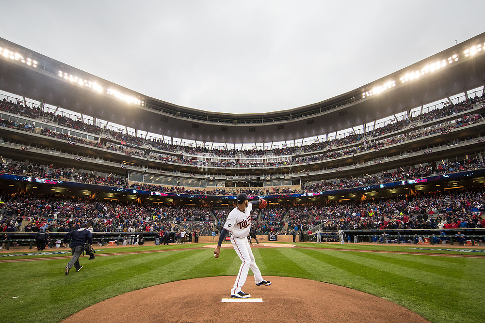 MINNEAPOLIS, MN- APRIL 3: Ervin Santana #54 of the Minnesota Twins pitches prior to the game against the Kansas City Royals on April 3, 2017 at Target Field in Minneapolis, Minnesota. The Twins defeated the Royals 7-1. (Photo by Brace Hemmelgarn) *** Local Caption *** Ervin Santana