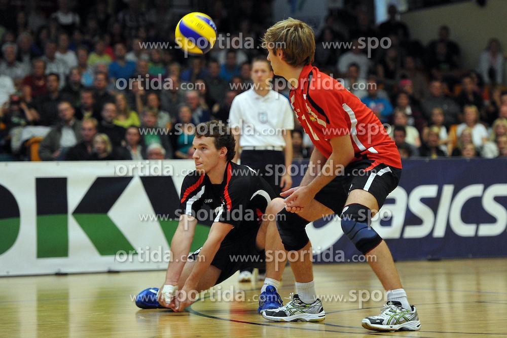 04.09.2010, Anhalt Arena, Dessau, GER, Vorbereitung Volleyball WM 2010, Laenderspiel Deutschland ( GER ) vs. Russland ( RUS ) 1:3, im Bild Denis Kaliberda (#6 GER), Ferdinand Tille (#12 GER). EXPA Pictures © 2010, PhotoCredit: EXPA/ nph/   Conny Kurth+++++ ATTENTION - OUT OF GER +++++