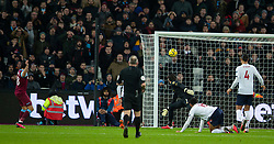 LONDON, ENGLAND - Wednesday, January 29, 2020: West Ham United's Pablo Fornals sees his shot hit the post during the FA Premier League match between West Ham United FC and Liverpool FC at the London Stadium. (Pic by David Rawcliffe/Propaganda)