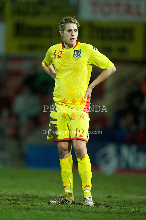 WREXHAM, WALES - Wednesday, February 6, 2008: Wales' David Edwards in action against Norway during an international friendly match at the Racecourse Ground. (Photo by David Rawcliffe/Propaganda)