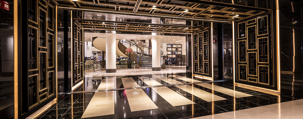 The entrance to the atrium aboard Britannia as P&amp;O Cruises' flagship sails in the Caribbean.<br /> Picture date: Thursday January 21, 2016.<br /> Photograph by Christopher Ison &copy;<br /> 07544044177<br /> chris@christopherison.com<br /> www.christopherison.com
