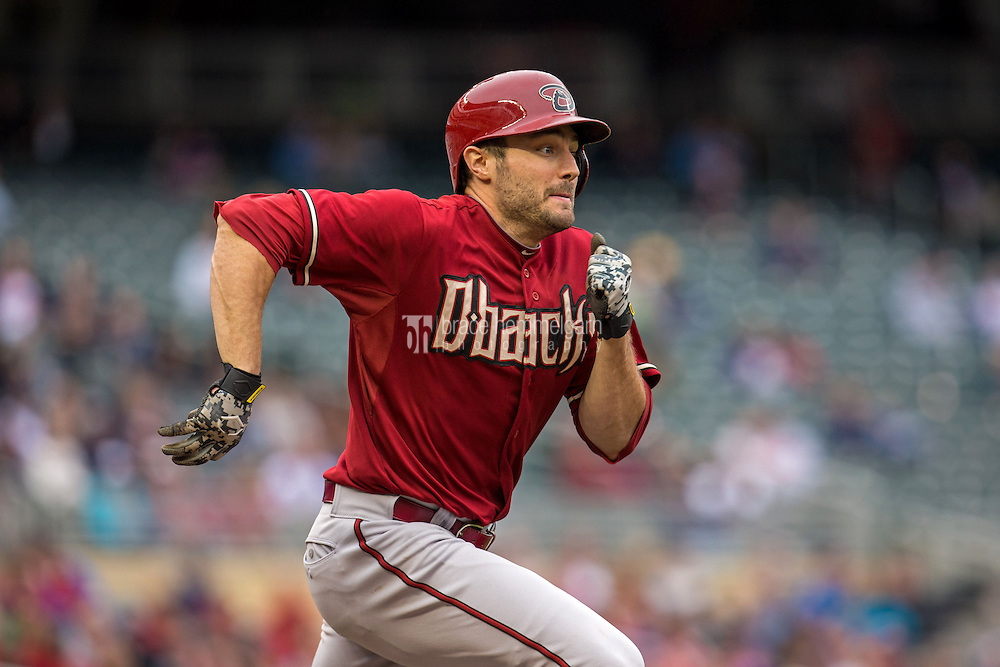 MINNEAPOLIS, MN- SEPTEMBER 24: A.J. Pollock #11 of the Arizona Diamondbacks runs against the Minnesota Twins on September 24, 2014 at Target Field in Minneapolis, Minnesota. The Twins defeated the Diamondbacks 2-1. (Photo by Brace Hemmelgarn) *** Local Caption *** A.J. Pollock