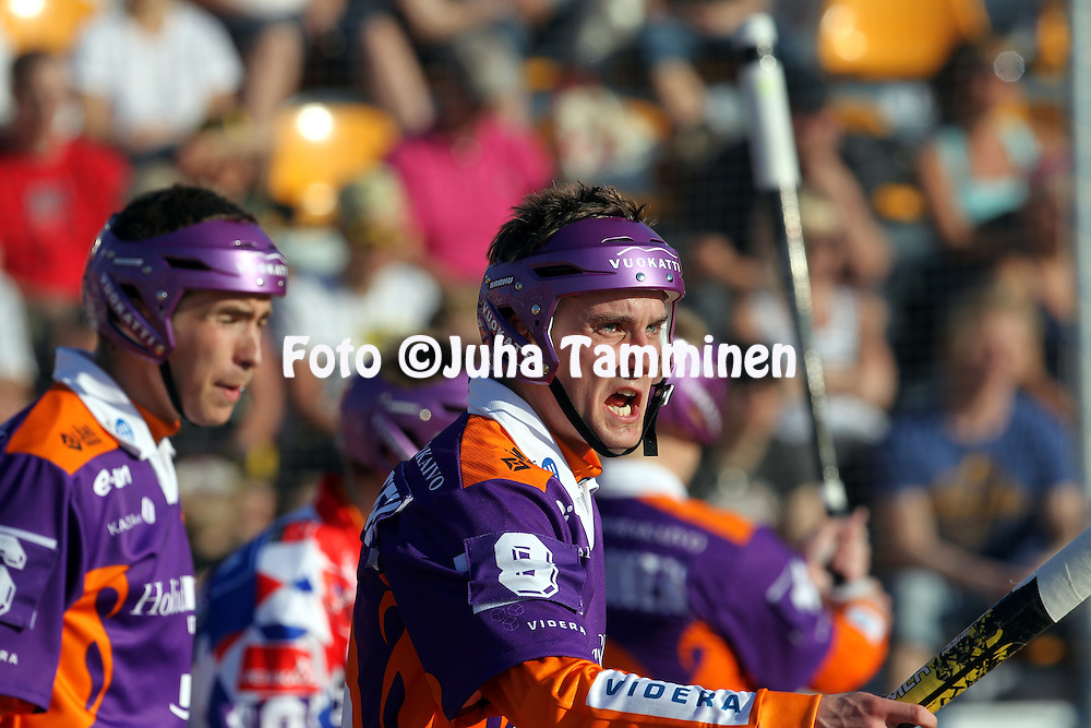 10.5.2011, Kouvola..Superpesis 2011, Kouvolan Pallonly?j?t  - Sotkamon Jymy..Mikko Kemppainen - Sotkamo..