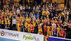 19-02-2017 NED: Bekerfinale Draisma Dynamo - Seesing Personeel Orion, Zwolle<br /> In een uitverkochte Landstede Topsporthal wint Orion met 3-1 de bekerfinale van Dynamo / Volle topsporthal publiek support