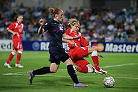 FOOTBALL - UEFA WOMEN'S CHAMPIONS LEAGUE 2009/2010 - FINAL - OLYMPIQUE LYONNAIS v FFC TURBINE POTSDAM - 20/05/2010 - ISABELL LEHN HERLOVSEN (LYON) - TABEA KEMME (POTSDAM)<br /> PHOTO FRANCK FAUGERE / DPPI