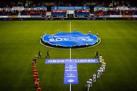 1. divisjon fotball 2018: Aalesund - Åsane (1-0). Lagene entrer banen til kampen i 1. divisjon i fotball mellom Aalesund og Åsane på Color Line Stadion.