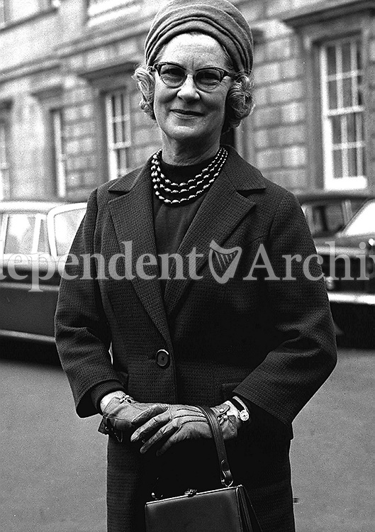 Mairin Lynch at Leinster House in  1966. (Part of the Independent Ireland Newspapers/NLI Collection)