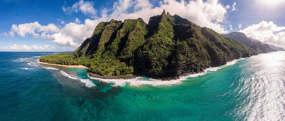 Aerial panorama of Ke'e Beach & the Na Pali Coast, Kauai, Hawaii, USA