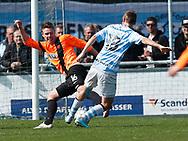 FODBOLD: Morten Nielsen (FC Roskilde) tackles af Morten Bertolt (FC Helsingør) under kampen i NordicBet Ligaen mellem FC Helsingør og FC Roskilde den 9. april 2017 på Helsingør Stadion. Foto: Claus Birch