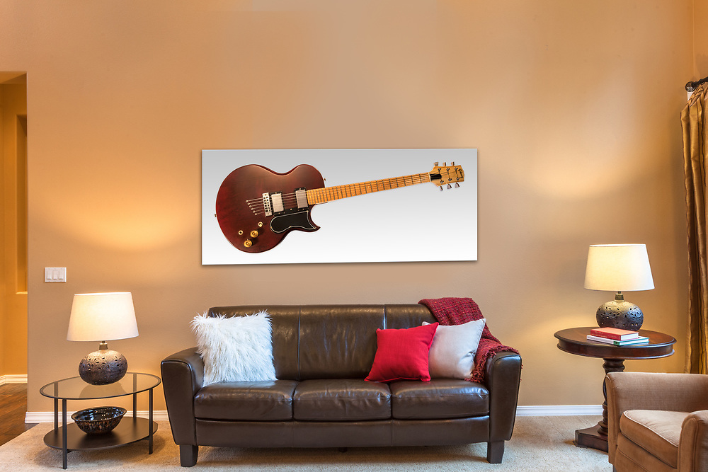 Front room with 17&quot; x 40&quot; Wall Art.<br />