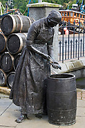 Stornoway Herring Girl statue sculpted by Charles S. Engebretsen and Ginny Hutchison