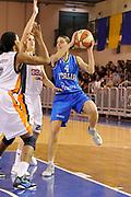 DESCRIZIONE : Parma All Star Game 2012 Donne Torneo Ocme Lega A1 Femminile 2011-12 FIP <br /> GIOCATORE : Chiara consolini<br /> CATEGORIA : passaggio equilibrio<br /> SQUADRA : Nazionale Italia Donne Ocme All Stars<br /> EVENTO : All Star Game FIP Lega A1 Femminile 2011-2012<br /> GARA : Ocme All Stars Italia<br /> DATA : 14/02/2012<br /> SPORT : Pallacanestro<br /> AUTORE : Agenzia Ciamillo-Castoria/C.De Massis<br /> GALLERIA : Lega Basket Femminile 2011-2012<br /> FOTONOTIZIA : Parma All Star Game 2012 Donne Torneo Ocme Lega A1 Femminile 2011-12 FIP <br /> PREDEFINITA :