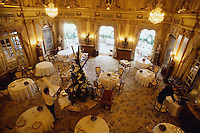 1999, Monte-Carlo, Monaco --- Dining Room of Le Louis XV Restaurant --- Image by © Owen Franken/CORBIS