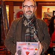 NLD/Amsterdam/20111114 - Presentatie Sinterklaasboeken Douwe Egberts & C1000, Ronald Giphart