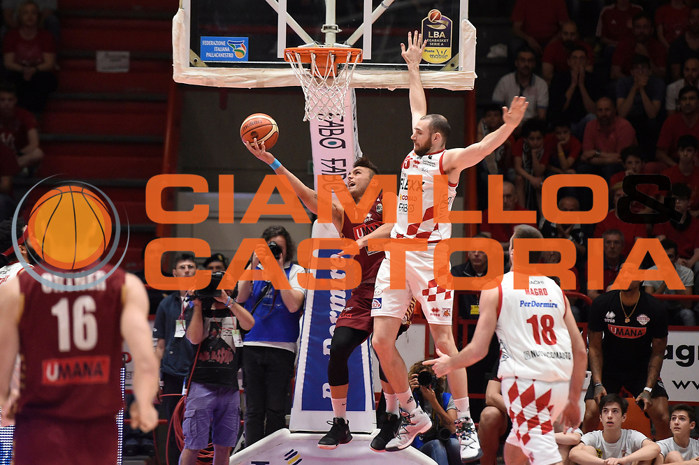 Stefano Tonut<br /> The Flexx Pistoia Basket - Umana Reyer Venezia<br /> Lega Basket Serie A 2016/17<br /> Pistoia, 19/05/2017<br /> Foto Ciamillo-Castoria