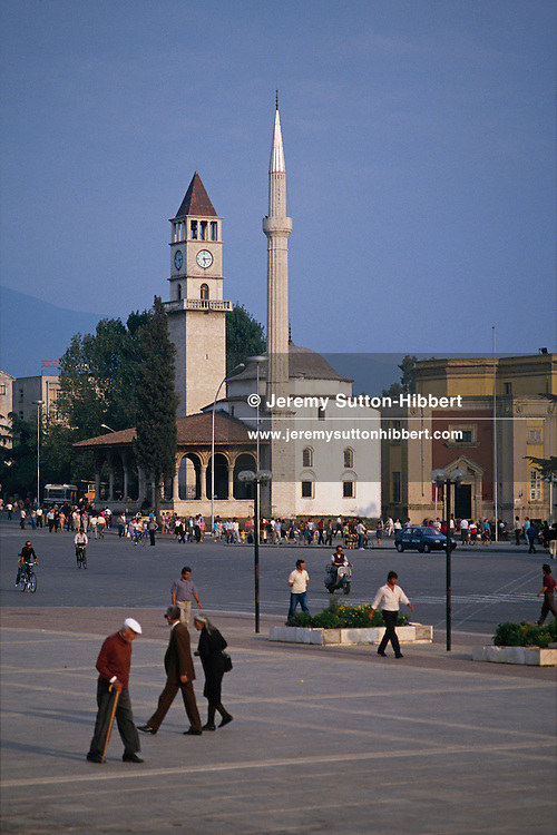 Et'hem Bay Mosque, in Skanderbeg Square (Sheshi Skenderbej), Tirana, Albania, 1992.