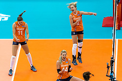15-10-2018 JPN: World Championship Volleyball Women day 16, Nagoya<br /> Netherlands - USA 3-2 / Anne Buijs #11 of Netherlands, Maret Balkestein-Grothues #6 of Netherlands, Laura Dijkema #14 of Netherlands