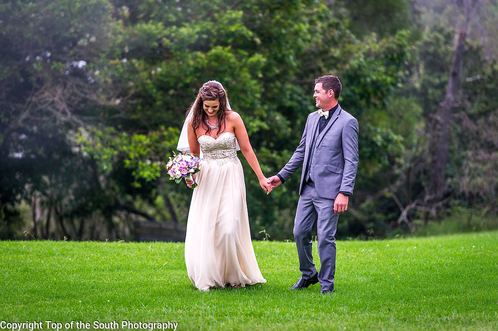 Erin Ellis and Adam Mules married at Sublime Point, Wollongong, NSW Australia 27-02-2016.